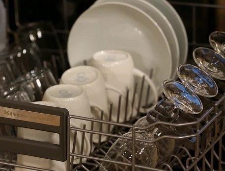 ظرف ها رو چطوری تو ظرفشویی بزارم