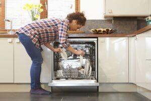 خاموش شدن ماشین ظرفشویی