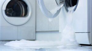 ماشین لباسشویی چکه می کند
