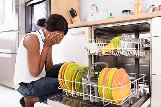 استفاده نکردن طولانی مدت از ظرفشویی